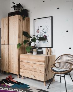 my scandinavian home: 8 Ways To Add Instant Warmth To Your Home - wooden storage / vintage pieces Living Room Decor, Bedroom Decor, Bedroom Storage, Home Decor Pictures, Home Decor Signs, Scandinavian Home, Home Decor Kitchen, Home Decor Inspiration, Decor Ideas