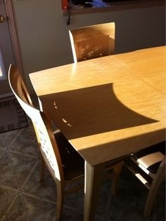 Chair shadow of the bat