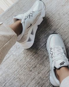 September Top 10 | The Teacher Diva: a Dallas Fashion Blog featuring Beauty Teacher Diva, Healthy Style, Street Style Shoes, Fitness Motivation Pictures, Popular Shoes, Crazy Shoes, Mom Style, Trendy Outfits, Fashion Shoes