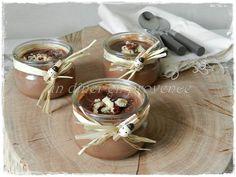 Petits pots de crème chocolat, noisettes