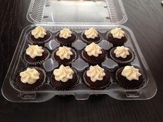 Cream cheese icing mini cupcakes