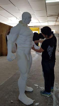 Carving sculture Hercules
