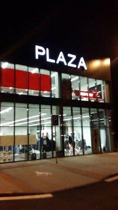 PLAZA - korpusová písmena (H-Park Brno, Heršpická ulice)