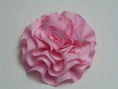 Diy  Rosas o flores de listón para decoración de accesorios para el cabe...