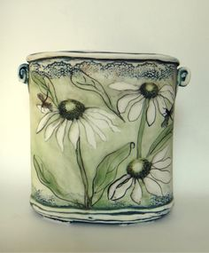 Christine Williams porcelain - using greens! click the image or link for more info. Ceramic Tableware, Ceramic Clay, Ceramic Bowls, Pottery Plates, Ceramic Pottery, Pottery Art, Pottery Painting, Ceramic Painting, Christine Williams