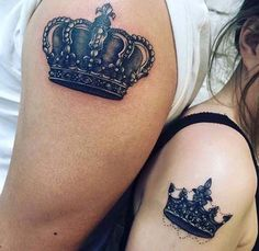 couple shoulder crown tattoo sevgili taç dövmesi omuz