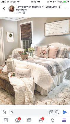 Bohemian Bedroom Decor and Bed Design Ideas Bohemian Bedroom D … Farmhouse Master Bedroom, Cozy Bedroom, Dream Bedroom, Cozy Master Bedroom Ideas, Farmhouse Bedroom Furniture, Bedroom Rugs, Bedding Master Bedroom, Ideas Dormitorios, Suites