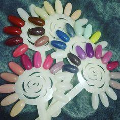Moje kolorki  w  końcu  na  wzornikach 🌈 #nails #nailstagram #nailart #gelmanicure #gelnails #manicure #color #rainbow