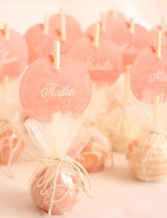 Cake pops as place settings -- these could also be used as party favors. Cute!