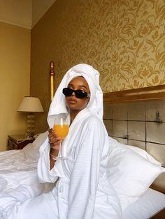 All Beautiful Black Girls Boujee Aesthetic, Black Girl Aesthetic, Travel Aesthetic, Black Girl Magic, Black Girls, Black Women, Boujee Lifestyle, Bougie Black Girl, Bad And Boujee