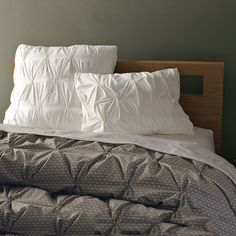 Organic Rice Pintuck Duvet Cover + Shams