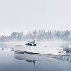 Q30 Electric Motor Boat by Q Yachts. Design by Aivan.