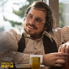 """American Hustle"" movie still, Christian Bale as Irving Rosenfeld. Christian Bale, American Hustle Quotes, Best Actress, Best Actor, Love Movie, Movie Tv, Mafia, Hustle Movie, Movies Worth Watching"