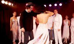 Foto de  Harry bailando tango en una presentación que estuvieron en el Hotel Faena en Buenos Aires, Arg el 5/Mayo #NN pic.twitter.com/M9wgB4ewnt