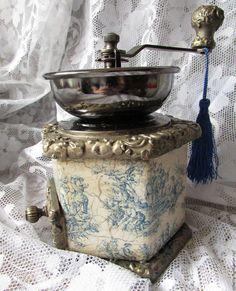"""Купить Кофемолка """"Пастораль"""" - синий, белый, золотой, кофемолка, кофе, Декупаж, винтаж, подарок, кухня"""