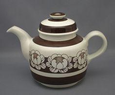 Arabia, kahvikannu, Katrilli, Esteri Tomula