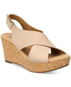 Clarks Collections Women's Annadel Eirwyn Wedge Sandals - Tan/Beige 5.5M
