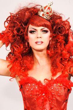Dicésar é o participante do BBB que é drag queen!! -