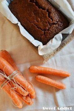 Vegan carrots and nuts cake Vegan Sweets, Vegan Desserts, Healthy Desserts, Vegan Recipes, Dessert Recipes, Cooking Recipes, Cake Sans Oeuf, Tortas Light, Bolos Low Carb