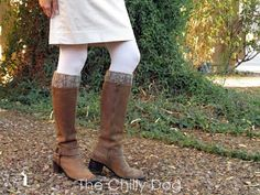 Grab two colors from your yarn stash to knit these simple and stylish, reversible boot cuffs.
