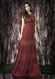 You need the evening gowns to wear at any special occasions in your life? Rochii de Seara evening dresses are the best choice as they offer luxurious and feminine designs just for you!