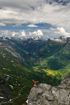Geirangerfjord, Norway, now this is #beautiful and #natural
