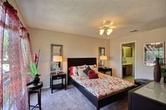 With a peaceful bedroom relaxing is so easy. #SanAntonioApartments #FifthAvenueApts