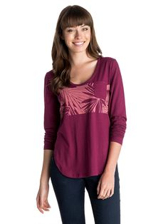 Pocket - Roxy T-Shirt mit U-Boot Ausschnitt für Frauen  Pocket T-Shirt mit U-Boot Ausschnitt von Roxy. Die Eigenschaften dieses Produkts sind: leichter Stoff, Brusttasche und lange Ärmel. Dieses Produkt besteht aus: 100% Baumwolle.  Merkmale:  T-Shirt mit U-Boot Ausschnitt, Leichter Stoff, Brusttasche, Lange Ärmel, Print auf der Vorderseite,  Dieses Produkt besteht aus:  100% Baumwolle,  ...