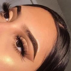 baddie makeup – Hair and beauty tips, tricks and tutorials Makeup Eye Looks, Cute Makeup, Glam Makeup, Gorgeous Makeup, Pretty Makeup, Skin Makeup, Eyeshadow Makeup, Eyebrow Makeup, Makeup For Brown Skin