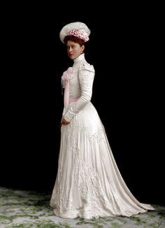 Grand Duchess Elizabeth by AlixofHesse on DeviantArt