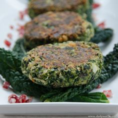 Spinach + white bean burgers by @Michelle Jenkins | DailyWaffle