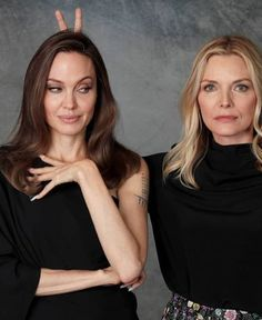 Angelina Jolie and Michelle Pfeiffer photos for Maleficent movie - Angelin. - Angelina Jolie and Michelle Pfeiffer photos for Maleficent movie – Angelina Jolie – - Angelina Jolie Children, Angelina Jolie Movies, Angelina Jolie Makeup, Angelina Jolie Maleficent, Maleficent 2, Brad Pitt And Angelina Jolie, Angelina Jolie Photos, Hollywood Heroines, Hollywood Actresses