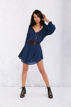 Ecote Julia Poet-Sleeve Dress