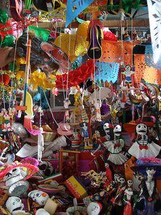 crafts, fun, sceletons, dia de los muertos, colorfulk, plaza store, flags, patters