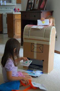 25 formas de reciclar cajas de cartón para que tus hijos se diviertan buzon-de-carton-