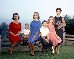 Ruth Bell Graham shared these notes of the joys and hardships of motherhood. Billy Graham Family, Billy Graham Quotes, Rev Billy Graham, Billy Graham Library, Anne Graham Lotz, Amy Carmichael, Franklin Graham, Bless The Lord, Women Of Faith
