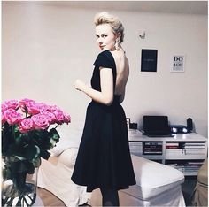 Beautiful everining black dress. little black dress. Backless stunning dress. skater skirt dress