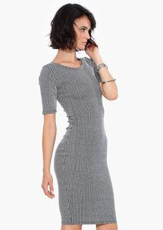 Ellie Ribbed Midi Dress in Grey//