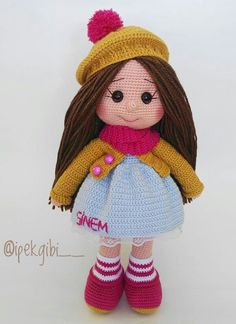 This Pin was discovered by ber Crochet Toys Patterns, Stuffed Toys Patterns, Doll Patterns, Knitted Dolls, Crochet Dolls, Crochet Yarn, Soft Dolls, Love Crochet, Diy Doll