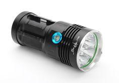 Skyray CREE T6 LED Flashlight - 6400 Lumen, 4 x 18650 Batteries, Cree T6 XM2 LEDs, IPX6
