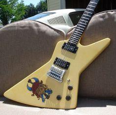 '80s Gibson Explorer with a Kahler! Special thanks to Billy Gardener!   www.kahlerusa.com