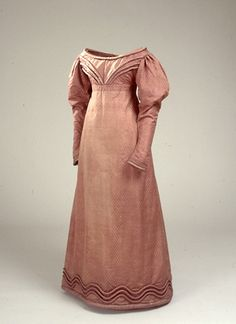 Brown red silk dress. The subsequent highest assessor inside Stellwagen, for Thomsen, bar probably dress for her wedding in 1816. (National Museum)