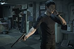 """Jang Dong Gun in """"No Tears for the Dead"""" movie"""