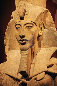 Ancient Egyptian Artifacts, Egyptian Pharaohs, Egyptian Symbols, Ancient Art, Pharaohs Of Ancient Egypt, Ancient Egypt Religion, Ancient Egypt History, Egyptian Queen, Medusa Art