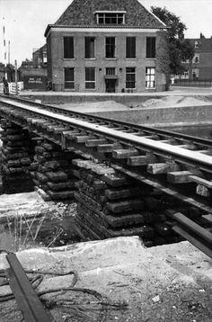 Tijdelijke+spoorbrug+over+de+Eem+(1945)