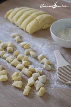 Making homemade gnocchi: a breeze! - Homemade gnocchi, what do you think? They are very soft, and much more gourmet than industrialists. Good Food, Yummy Food, Tasty, Vegetarian Recipes, Cooking Recipes, Coco, Italian Recipes, Food Porn, Food And Drink