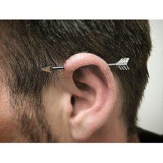 If the first ear piercing only used by women, now has long developed the trend of ear piercing for men. Ear piercing ideas is a brave body modification and much Innenohr Piercing, Guys Ear Piercings, Kylie Jenner Piercings, Piercing Bouche, Industrial Piercing, Chains For Men, Ear Studs, Body Mods, Stud Earrings