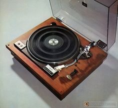 vintage woodgrain turntable JVC vl-5 1970
