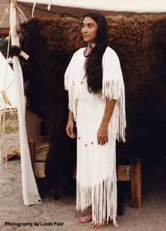 Native American Wedding Dresses | Designs by Pat -- Blackfoot ...