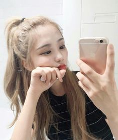 Image about girl in ulzzang by m on We Heart It Cute Korean, Korean Girl, Asian Girl, Korean Beauty, Asian Beauty, Blonde Asian, Uzzlang Girl, Pretty Face, Cute Hairstyles